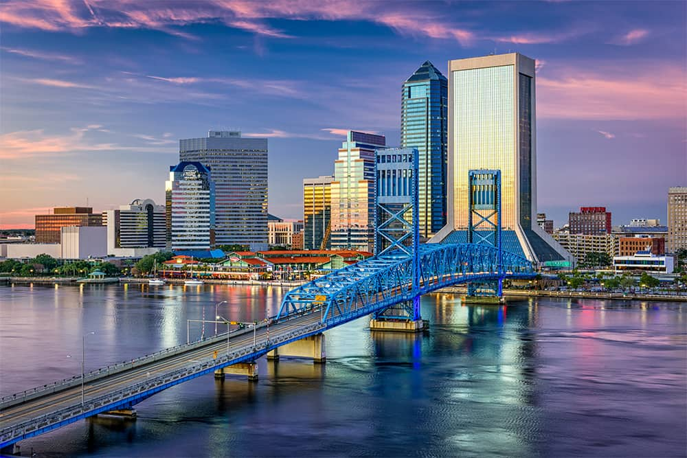 Skyline of Jacksonville, FL--a top city for single seniors